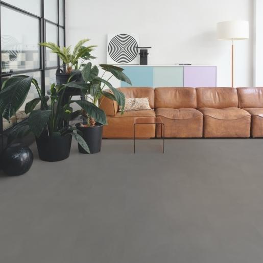 AMGP40140_Interior04-B2B Square